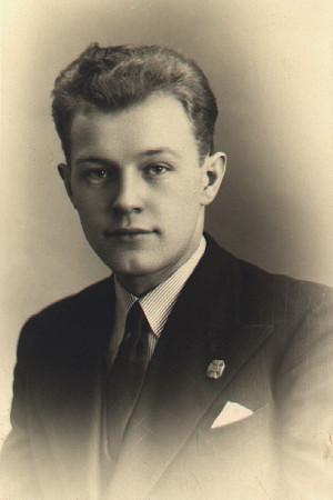 Tadeusz w 1938 roku /autor nieznany/