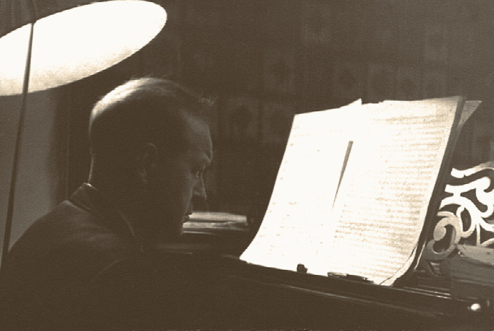 Tadeusz Paciorkiewicz przy pracy